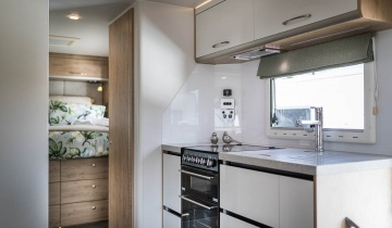 TrailLite Oakura Kitchen